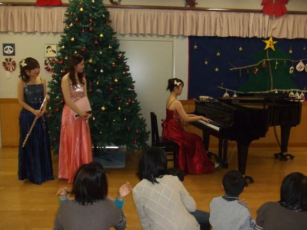クリスマスコンサートでピアノソロを!