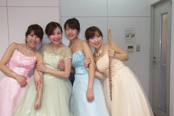 コンサート後にパチリ☆今日はパステルのちょうちょカラーで・・♪