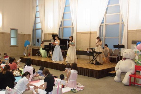 声楽の二重唱で秋の曲を♬(2013 ファミリーコンサート)