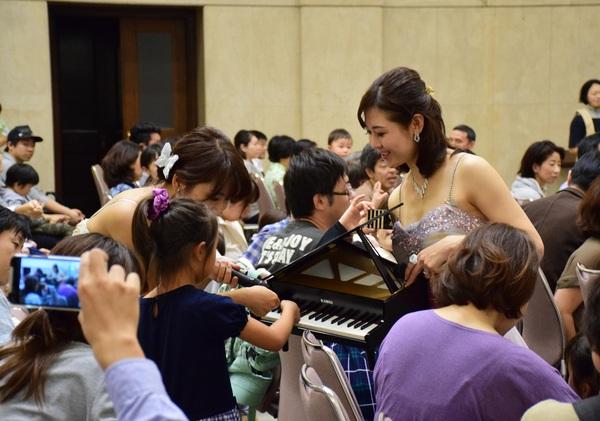トイピアノを使って演奏しよう!